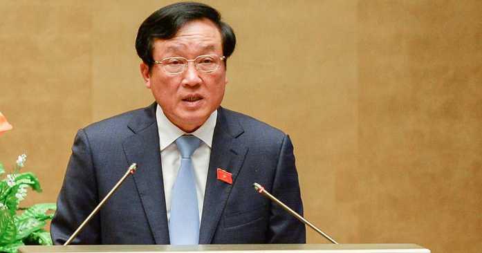 Viện trưởng Viện kiểm sát nhân dân Tối cao Nguyễn Hoà Bình báo cáo trước Quốc hội sáng 16/11 (Ảnh: VPQH)