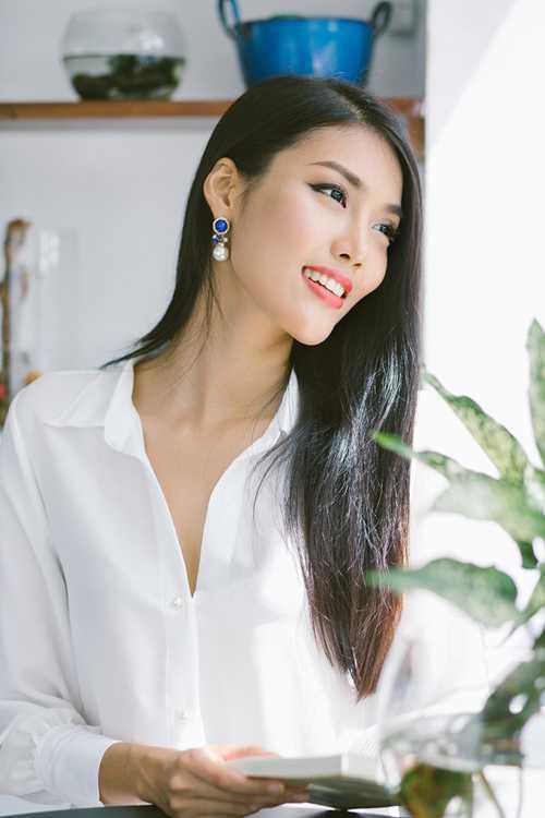 Đại diện Việt Nam Lan Khuê