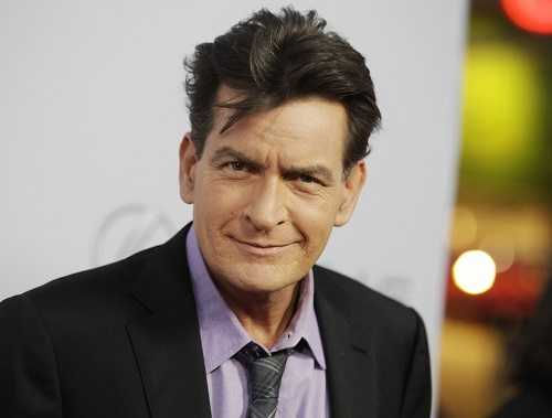Charlie Sheen được cho là biết mình nhiễm HIV từ lâu nhưng vẫn