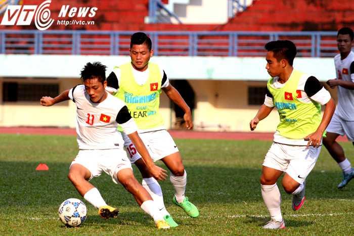 Các cầu thủ U21 Việt Nam tập luyện, thi đấu vì chính mình nhiều hơn là những suy nghĩ so đo, tính toán (Ảnh: Hoàng Tùng)