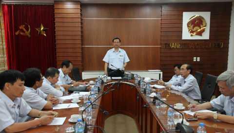 Tổng Thanh tra Chính phủ trong một buổi làm việc với Cục III