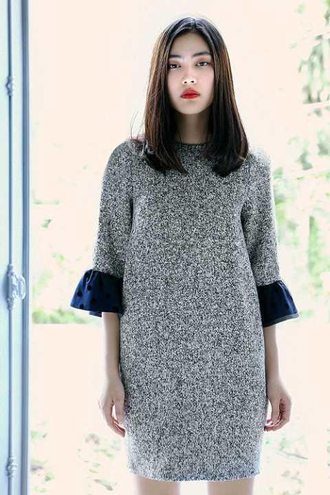 Helly Tống cho biết cô rất yêu thích trang phục nữ tính với gam màu nhã nhặn, kiểu dáng đơn giản mà sang trọng.