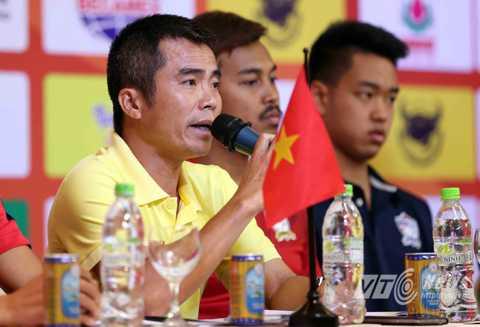 HLV Phạm Minh Đức của U21 Báo Thanh Niên Việt Nam (Ảnh: Quang Minh)