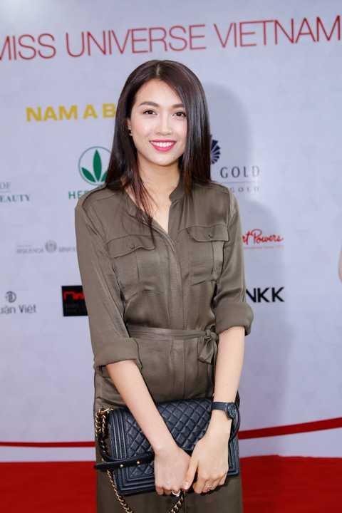 Tham dự còn có sự hiện diện của Á hậu 2 Hoa hậu Hoàn vũ Việt Nam 2015 Lệ Hằng.
