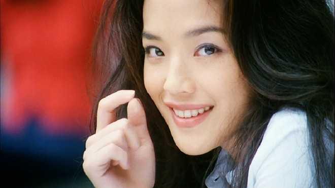 Vẻ gợi cảm và thanh khiết của nhan sắc Thư Kỳ. Cô là người đẹp Đài Loan được chú ý nhất ở Đại lục.