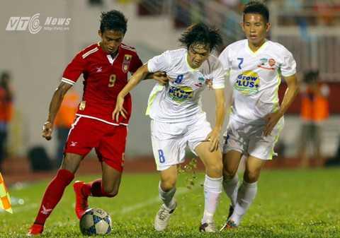 Tuấn Anh chắc suất lên tuyển sau những gì đã thể hiện ở giải U21 Quốc tế. Hồng Duy (bên cạnh) cũng tràn trề cơ hội trở lại U23 Việt Nam sau thời gian chấn thương (Ảnh: Quang Minh)