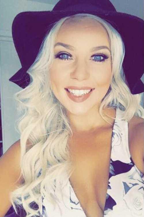 Đại diện New Zealand Nicole Harding bỏ thi Hoa hậu Thế giới Toàn cầu 2015.