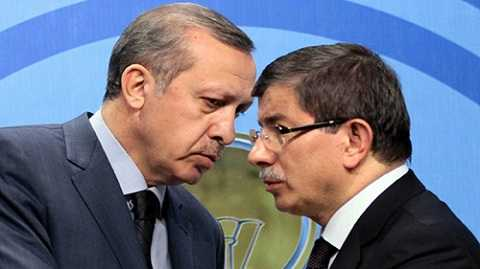 Tổng thống Thổ Nhĩ Kỳ Recep Tayyip Erdogan và Thủ tướng Davutoglu