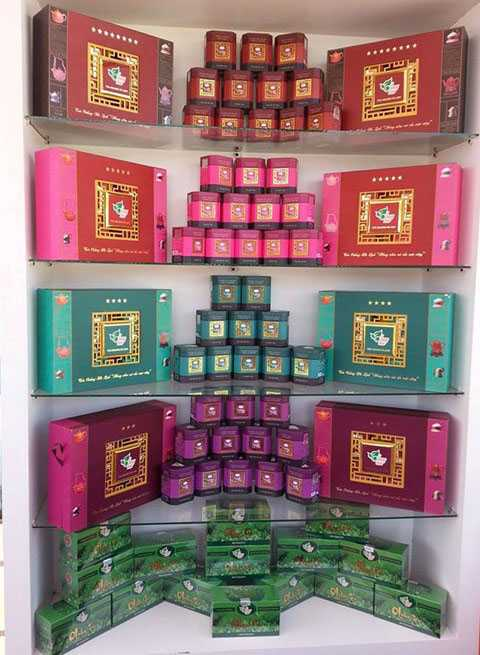 Sản phẩm trà ô long cao cấp của Công ty Hà Linh có giá từ 380.000 đồng đến 1.800.000 đồng/kg.