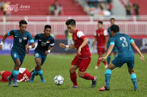 U21 Việt Nam quyết đánh bại U21 Singapore một lần nữa để giành hạng Ba (Ảnh: Quang Minh)
