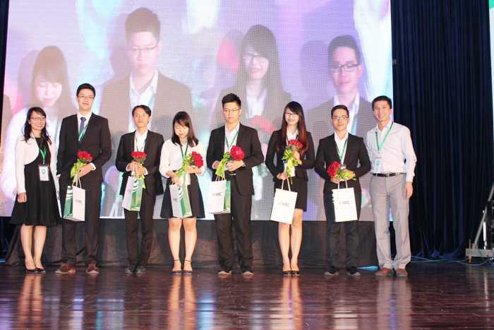 Top 6 ứng viên trong đêm chung kết Ứng viên tài năng.