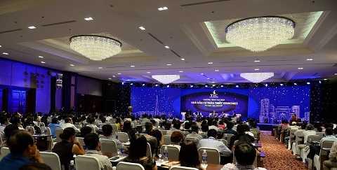 CLB Nhà đầu tư Vinhomes ngay trong lần đầu tiên ra mắt đã có sự tham gia của hơn 300 thành viên trong nước cũng như Việt Kiều.