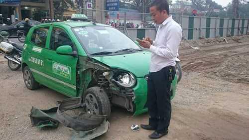 Anh Vũ Trường Quân (34 tuổi) lái xe taxi cho biết: