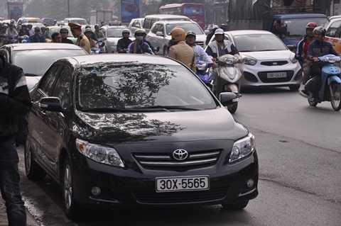 Chiếc xe này cũng vi phạm lỗi trên đường Xã Đàn