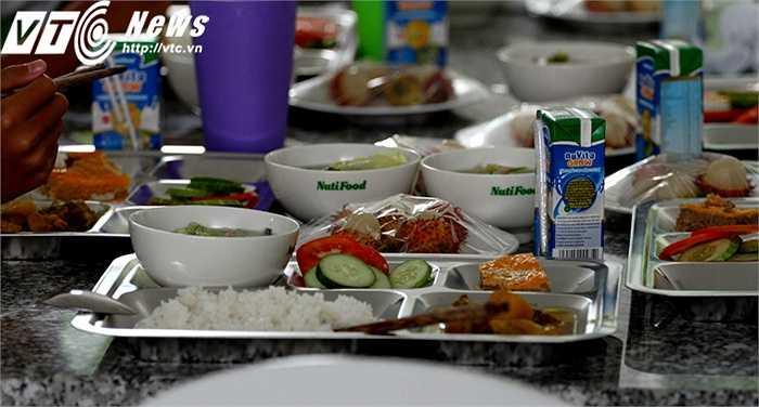 Dinh dưỡng là mối quan tâm hàng đầu ở học viện Nutifood HAGL Arsenal JMG