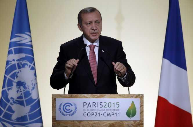 Ông Erdogan bị Nga tố là làm ăn với IS - Ảnh: Reuters