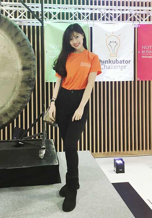 Hiện tại Mỹ Ngọc đã lọt vào top 20 Miss Du Học Sinh 2015