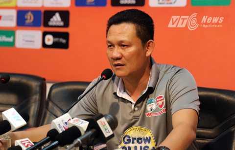 HLV Nguyễn Quốc Tuấn không lên tuyển làm trợ lý cho HVL Miura đợt này (Ảnh: Quang Minh)