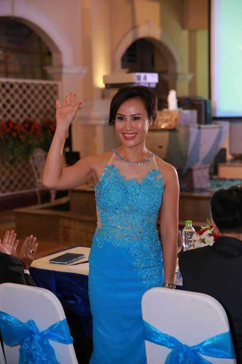 Bà Lê Thụy Anh Thư khoe nhan sắc tươi trẻ.