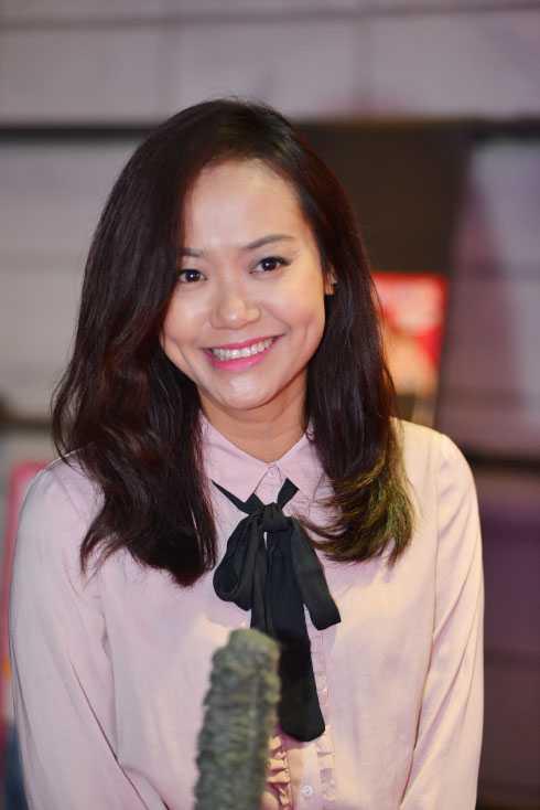 Diễn viên Hồng Ánh giản dị nhưng vẫn xinh đẹp, lôi cuốn.