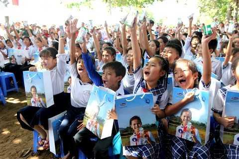 Trải qua 8 năm hoạt động, Quỹ sữa Vươn cao Việt Nam đã đem đến cho hơn 333 ngàn trẻ em khó khăn tại Việt Nam gần 26 triệu ly sữa, tương đương khoảng 96 tỷ đồng