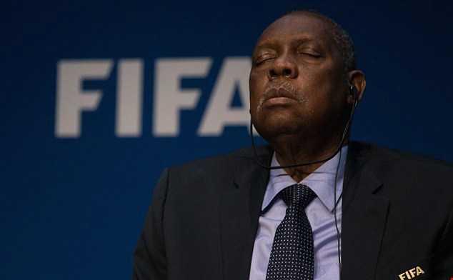 Quyền chủ tịch FIFA ngủ ngon lành