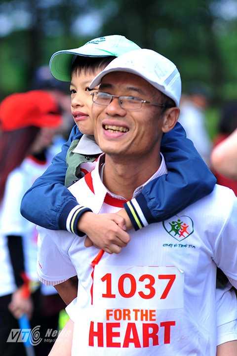 Theo Hội Tim mạch nhi và Tim bẩm sinh, mỗi năm Việt Nam có khoảng 10.000 trẻ chào đời mắc bệnh tim. Trong đó có đến 50% trường hợp cần phải can thiệp về y tế nếu muốn duy trì sự sống. Nhiều em nhỏ lâm vào tình trạng nguy kịch do không được chăm sóc y tế kịp thời do hoàn cảnh kinh tế gia đình quá khó khăn.