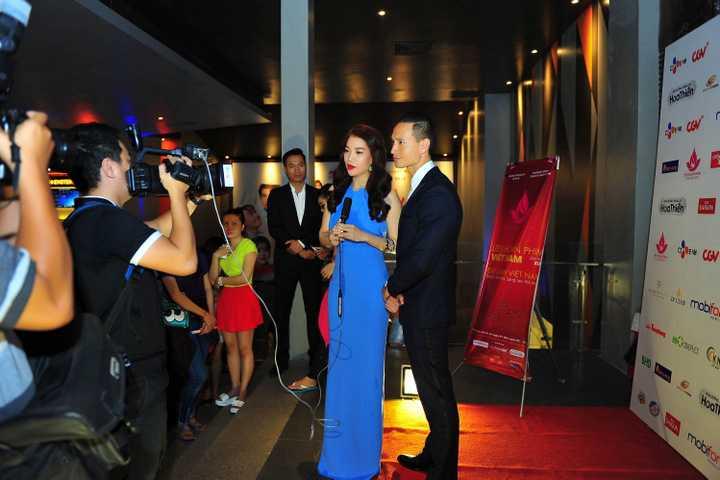 """Vừa qua, đoàn phim """"Hương Ga"""" của nhà sản xuất, diễn viên Trương Ngọc Ánh đã có buổi giao lưu với khán giả hâm mộ tại TP. HCM."""