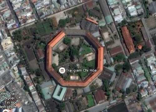 Trại giam Chí Hòa nhìn từ vệ tinh. Ảnh: Google maps