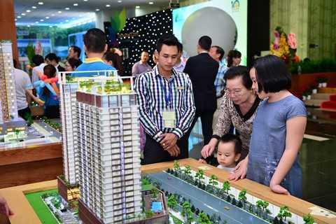 Khách hàng đặt mua các sản phẩm tại Dragon City Festival sẽ được hưởng những chính sách ưu đãi vô cùng hấp dẫn.