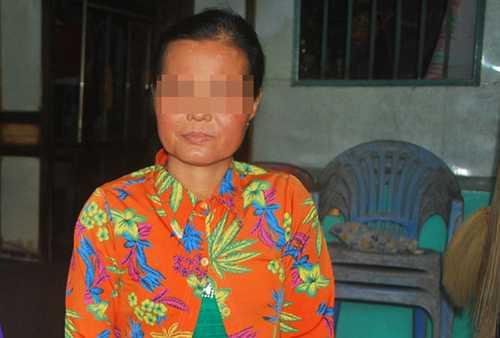 Bà P. cay đắng khi biết tin chồng mình liên đến quan vụ giết người hơn 17 năm trước.