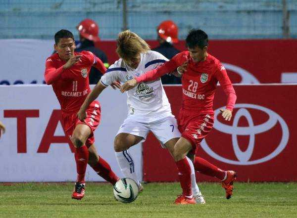 B.Bình Dương thua đau đối thủ Campuchia