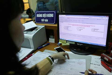 Hồ sơ, thông số kĩ thuật của xe sau đó sẽ được lưu trữ trong hệ thống quản lý của cơ quan công an.