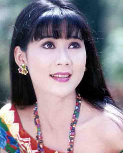Diễm Hương ghi dấu ấn trên màn ảnh với những vai diễn trong Phạm công cúc hoa, Nước mắt học trò...