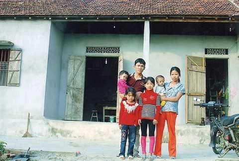 Em Trần Thị Kiều Oanh và gia đình.