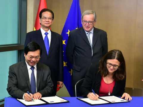 Lễ ký Tuyên bố về việc chính thức kết thúc đàm phán Hiệp định Thương mại tự do giữa Việt Nam và EU. Ảnh: VGP