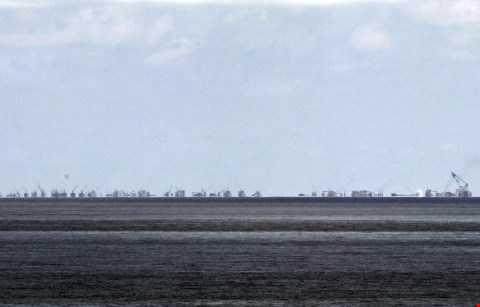 Hình ảnh cho thấy Trung Quốc đang cải tạo rầm rộ bãi Subi ở Biển Đông