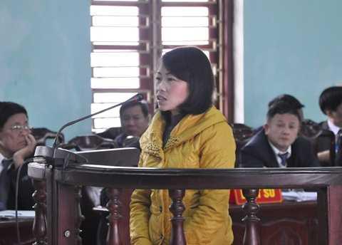 Giàng Thị Sua khai không biết việc chồng vận chuyển, buôn bán ma túy