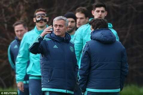 Mourinho cần 1 điểm để đi tiếp