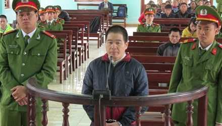 Bị cáo Tàng Keangnam trong phiên xử; Ảnh: BT