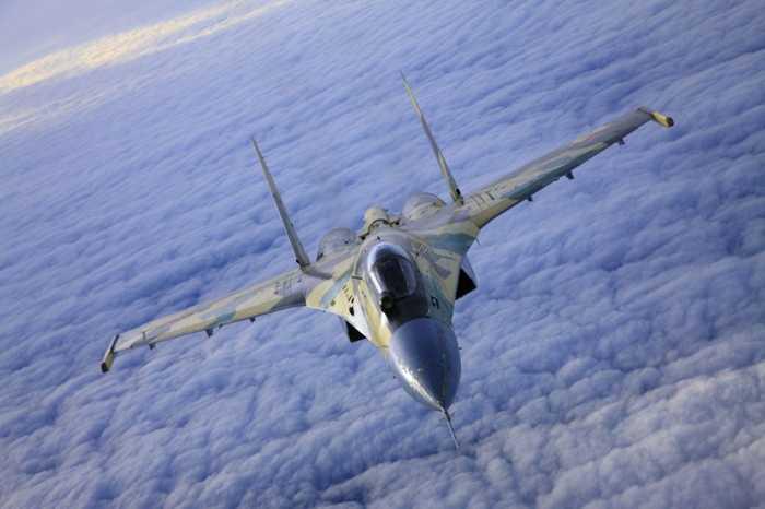 Tiêm kích Su-35 cực mạnh của Nga