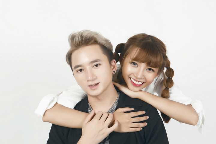 Quản lý của Phan Mạnh Quỳnh – Lê Bình Dương cũng vì chất nhạc đầy cảm xúc, chân thành này làm chất xúc tác để cùng gắn kết, đồng hành cùng nhau trong âm nhạc. MV ca khúc mới sẽ được chính thức phát hành vào trung tuần tháng 12 tới.