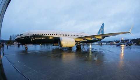 Boeing 737 Max sẽ thực hiện chuyến bay đầu tiên trong năm 2016.