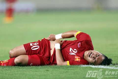 Chấn thương là nỗi ám ảnh với nhiều cầu thủ dưới thời Miura (Ảnh: Quang Minh)