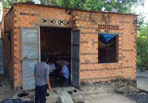 Ngôi nhà đơn sơ của ông Huỳnh Văn Nén