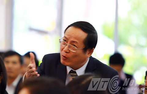 Đại biểu Trương Phước Ánh chất vấn tại kỳ họp