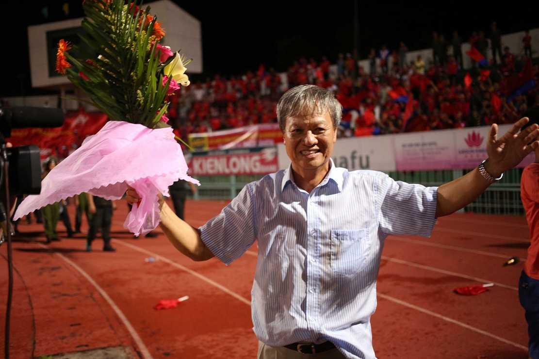 HLV Lê Thụy Hải muốn góp sức cho bóng đá Việt Nam