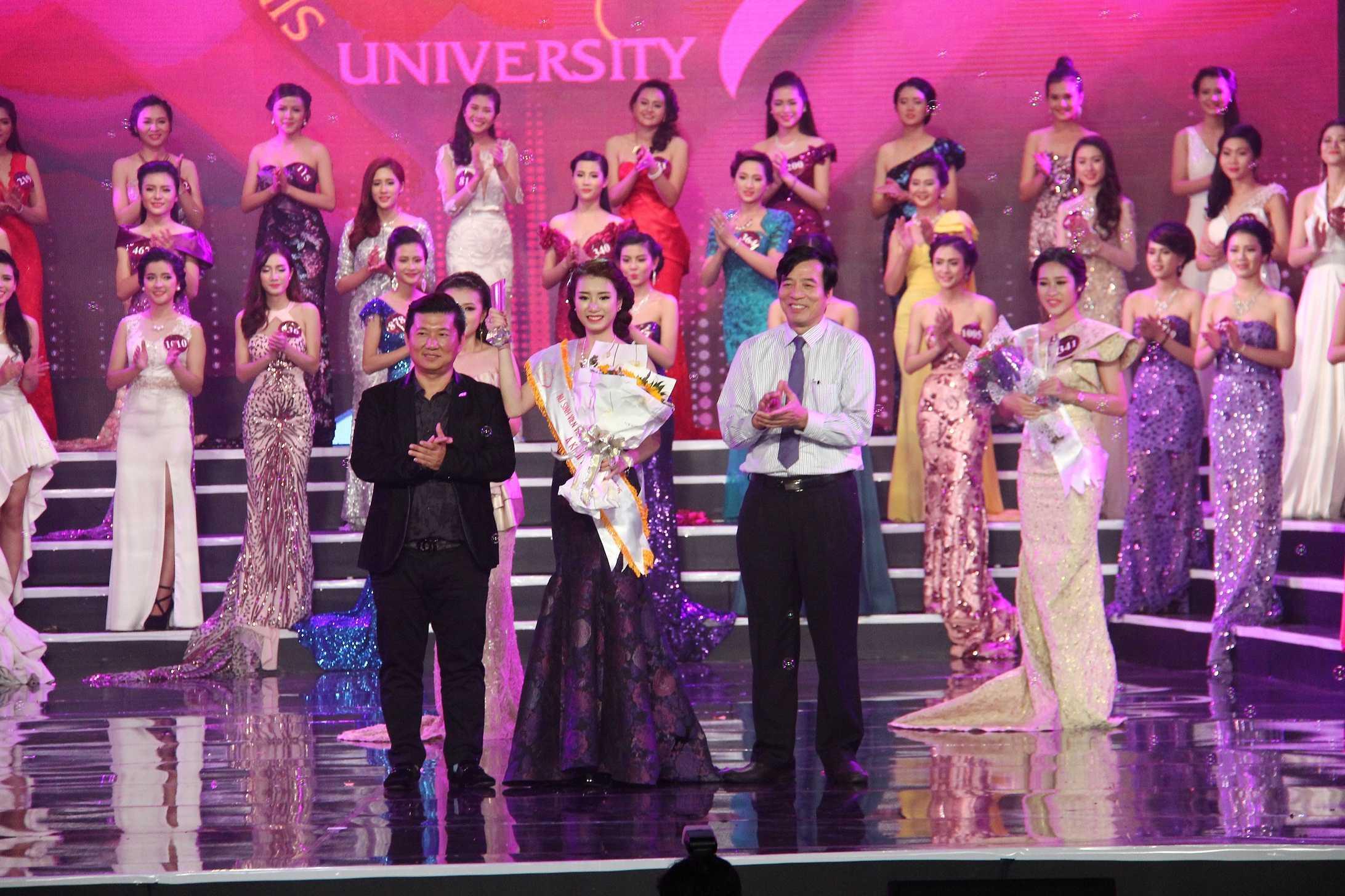 Á khôi 1 thuộc về thí sinh Công Lê Minh Hương, SBD 603, Học viện Báo chí và Tuyên truyền.
