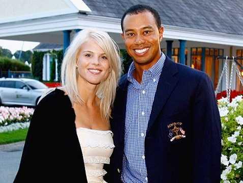 Vợ xinh đẹp không chịu nổi Tiger Woods