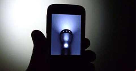 Hàng trăm triệu điện thoại vô tình trở thành công cụ để tấn công mạng Internet toàn cầu.